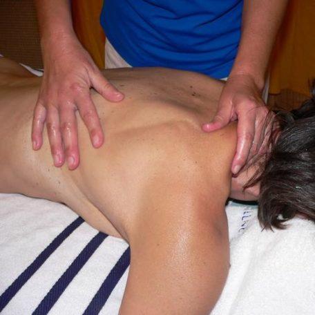 massage ado Lotus Vedhyana