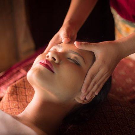 marma facial Lotus Vedhyana
