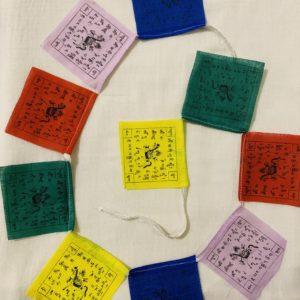 Cordon drapeaux de prière tibétains